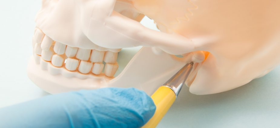Tmj Symptoms Causes How Serious Is Your Jaw Pain